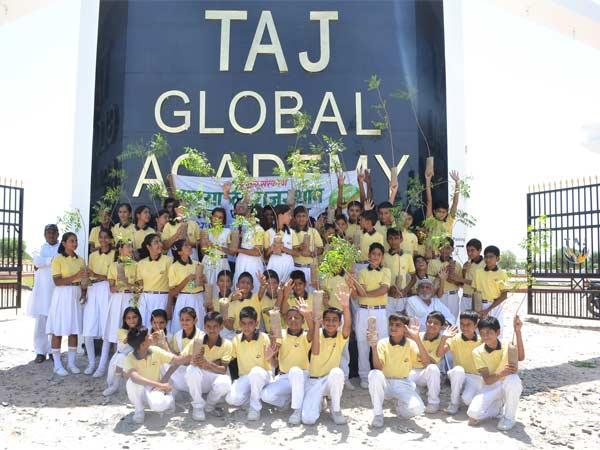 "Alt""Taj Global Academy"""